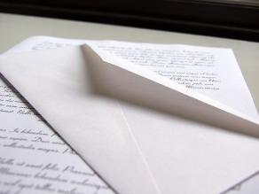 El pederasta Dutroux envía una carta al padre de una de sus víctimas