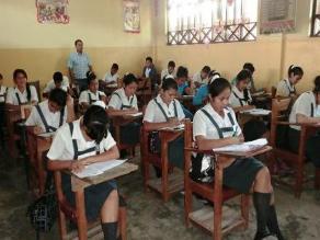 Defensoría inspecciona proceso de matrícula en colegios de Piura