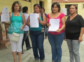 Chiclayo: padres de familia protestan contra directora en Ugel