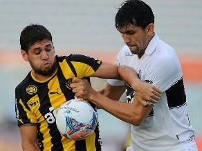 Peñarol con Paolo Hurtado cayó 1-0 ante Olimpia en la Copa Antel