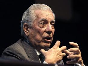 Vargas Llosa será invitado de honor en la Feria del Libro de Bogotá