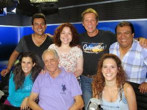 Paul Martin, Vanessa Saba, Gisela Ponce de León con Los Chistosos