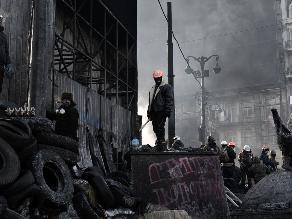 Protestas ucranianas se extienden desde Kiev a todo el país