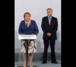 Bachelet escuchará veredicto de La Haya en compañía de futuro canciller