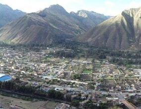 Cusco: restringen paso de vehículos en Ollantaytambo
