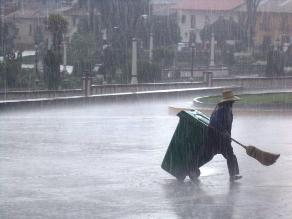 Huancavelica: granizada y tormenta eléctrica sorprenden a la población