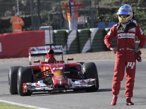 Fernando Alonso tuvo inconvenientes con su Ferrari en entrenamientos de Jerez