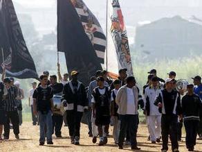 Barristas invadieron entrenamiento del Corinthians de Paolo Guerrero