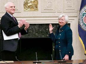 Janet Yellen se convierte en la primera mujer en presidir la Fed