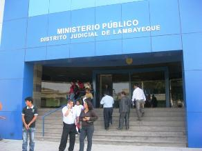 Chiclayo: piden fiscal para que directora de colegio devuelva dinero