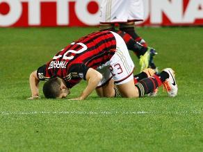 AC Milan vive dura crisis al caer 3-1 ante Nápoli en Serie A