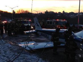 Helicóptero realiza aterrizaje forzoso con 14 tripulantes