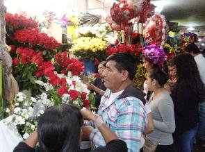 Arequipa: venta de flores naturales disminuye en Día de San Valentín