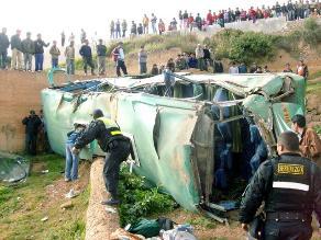 Áncash: 14 heridos deja vuelco de bus interprovincial