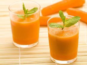 ¿Tomar zumo de frutas es más saludable que un refresco?