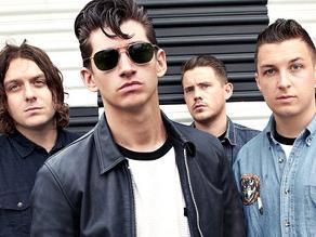 Arctic Monkeys triunfan en la noche de los Brit Awards