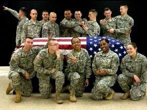EEUU: Sancionan a soldado por publicar foto de burla frente a féretro