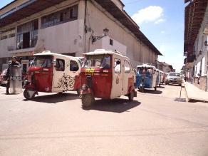 Cajamarca: mototaxistas evalúan una paralización
