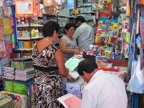 Arequipa: hallan útiles escolares sin autorización sanitaria