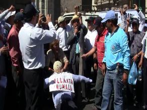 Dos personas heridas deja manifestación en Huaraz
