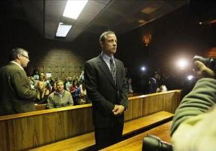 Twitter de Pistorius sobre su juicio atrae a casi 25.000 seguidores en 3 días