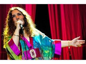 Tania Libertad en concierto íntimo en Lima