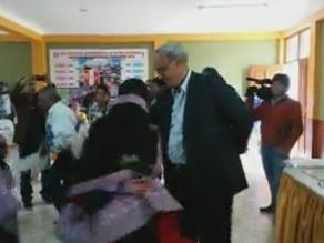 Manuel Burga disfrutó del baile y la comida en inauguración en Huaraz