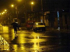 Nasca: fuerte lluvia afecta calles y pueblos jóvenes de la ciudad