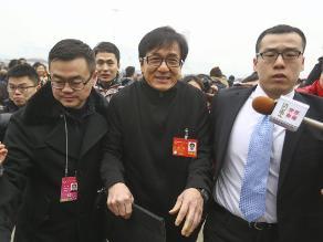 Jackie Chan y otros artistas chinos piden menos censura en el cine