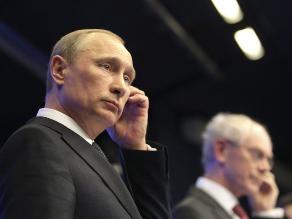 Putin llama a Obama a no sacrificar las relaciones ruso-estadounidenses