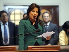 Ministra Omonte preside actividad por el Día de la Mujer en Cercado