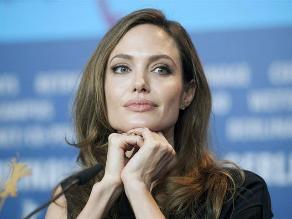 ¿Angelina Jolie nuevamente en el quirófano?