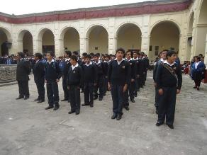 Cajamarca: 440 mil alumnos inician el año escolar 2014