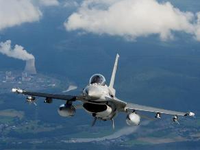 EEUU enviará doce cazas F-16 a Polonia por crisis en Crimea
