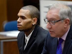 Chris Brown en prisión por violar su libertad condicional