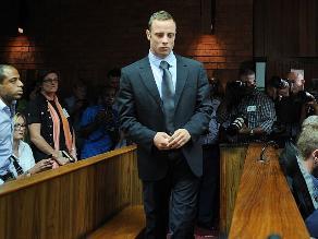 Pistorius encargó seis armas de fuego antes de matar a su novia