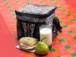 Prepare una lonchera escolar que ayude a prevenir la caries