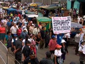 Comerciantes de La Parada protestan en exteriores del Poder Judicial
