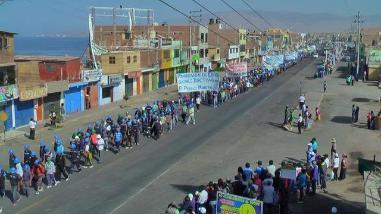 Arequipa: 15 mil mineros artesanales se movilizan en la Panamericana