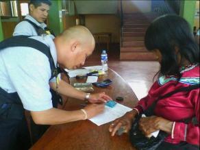 Nativos shipibos cobran Pensión 65 más cerca de sus comunidades en Ucayali