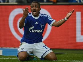 Jefferson Farfán negó que haya sido multado por el Schalke 04 tras viaje