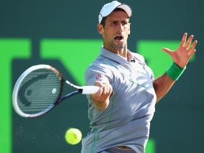 Djokovic gana y alcanza la tercera ronda del Torneo de Miami
