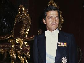 Restos de Adolfo Suárez llegan al Congreso para recibir honores de Estado