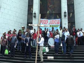 Trabajadores del Poder Judicial se movilizan en Arequipa