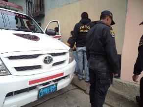 Cajamarca: Lanzan feto a la calle y vehículos lo atropellan