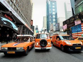 Holandeses parten en caravana desde Nueva York hacia Rio de Janeiro