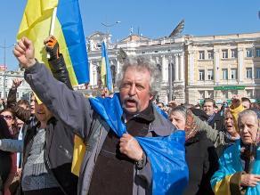 FMI: Ucrania recibirá hasta 27.000 millones de dólares en dos años