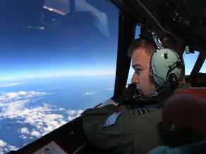 Satélite detecta 300 objetos cerca del área donde buscan el vuelo MH370