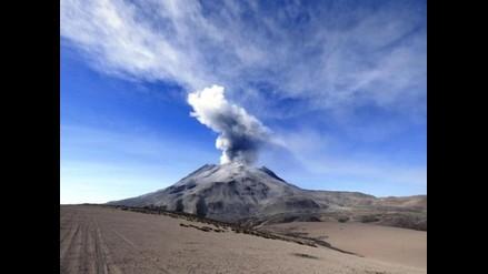Realizarán simulacro de evacuación tras explosiones en el volcán Ubinas