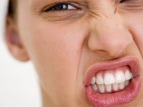 ¿Es normal el sangrado de las encías al cepillarse?